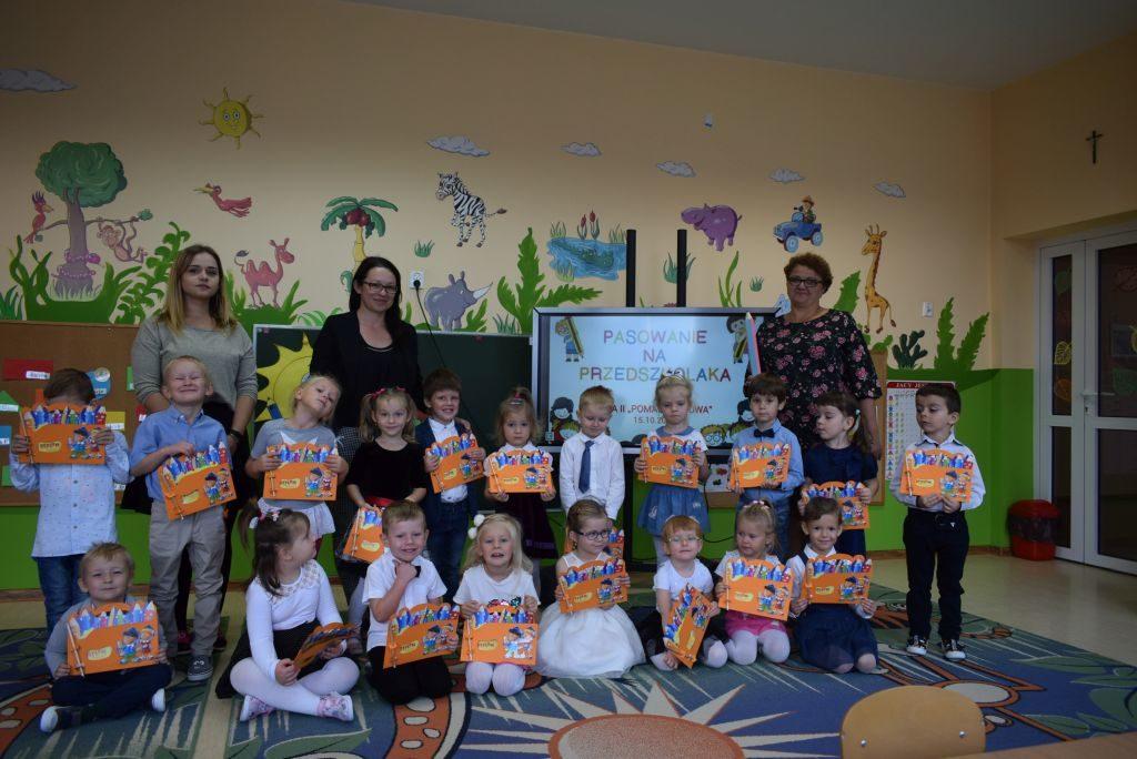 Pasowanie na przedszkolaka w grupie II Pomarańczowej
