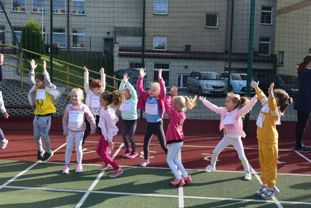 Sprintem do maratonu biegnie dziecko każde!